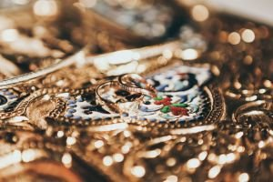 cash for gold in delhi ncr and gold buyers 10